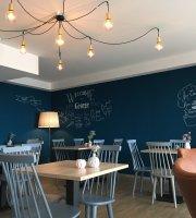 George Cafe & Deli