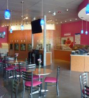 Twin Creeks Frozen Yogurt Cafe