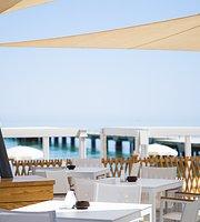 Clique Beach Club
