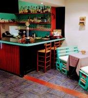 Pavarotti Cafe