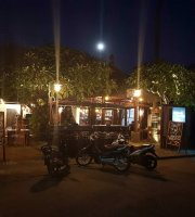 Omang Omang Bar Diner