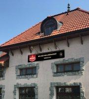 Molino Pub & Restaurant