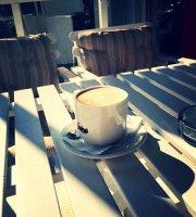 Reverse Cafe