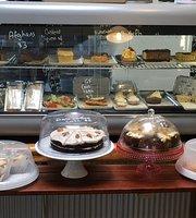 Arty tarts cafe