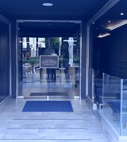 Livingstone Premium Bar Salamanca