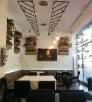 Burger Bar & Pasta Bar