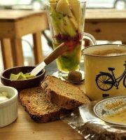 Moramor Cafe