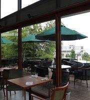 Garden Restaurant Manazuru Sankakuyane