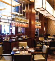 EDGE Restaurant & Bar at Four Seasons Hotel Denver