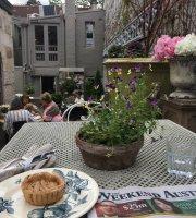 Cafe Parterre