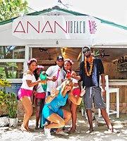 Anani Beach Club