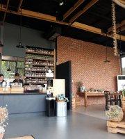 22°C Cafe