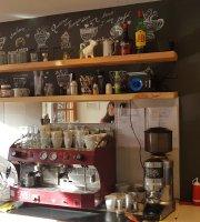 Cafe La Compania