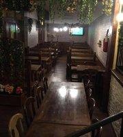 Joan Pub-Pizzeria Di Vlora