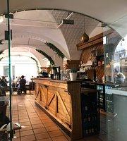 V50 Restaurang