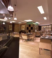 Grill & Bar Restaurant (Four Points by Sheraton Shenzhen)