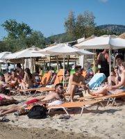 Fratelli Beach Bar