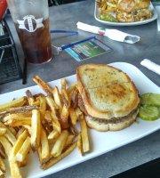 Paninis Bar & Grill
