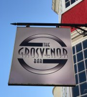 ‪The grosvenor bar‬
