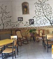 Cafe Restaurante Los Arcos
