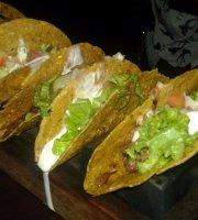 Nikki's Tacos