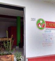 LADIV Cafeteria