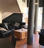 Le Trossingen Café