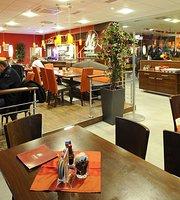 M-Rast Restaurant