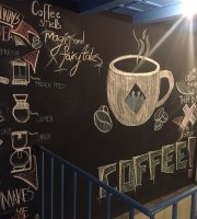 Brew Coffeeworks, Butik Karaköy