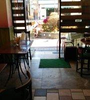 Tsubuan Cafe