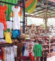 The Cosas Buenas Market Restaurant