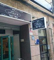 Bar Leo's
