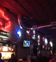 Bikinis Sports Bar & Grill - Downtown