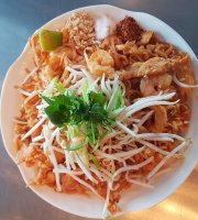 Lahn Pad Thai Downtown Express