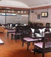 Mama Africa Restaurant