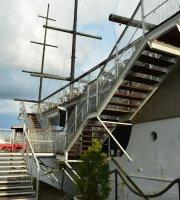 Restaurant Ship Toivo