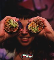 La Santa Bar y Cocina Mexicana