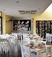 Leo's Pizza & Trattoria