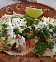 Tacos Mexicanos Aca Chela