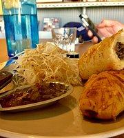 Lale Cafe
