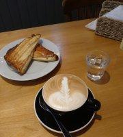 Hiboux Cafe