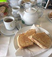 Apolonia Cafe
