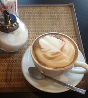 Sanook Sanang Bistro & Cafe