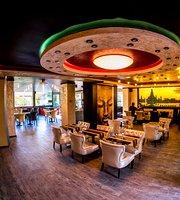 Tomyum Thai Restaurant