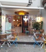 Cafe Kirintii