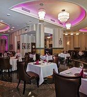 Glorius Restaurant and Café