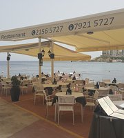 Pierre's Restaurant & Pizzeria