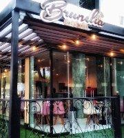 Brunelia Cafe & Bistro