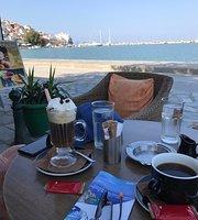 Karavia Cafe