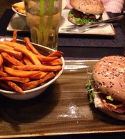 HANS IM GLUECK Burgergrill & Bar